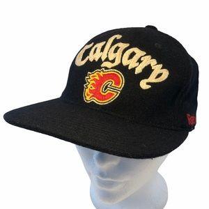 Calgary Flames mostly wool Reebok flex fit hat